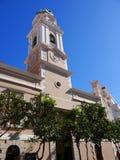 直布罗陀的岩石的宽容大教堂入口的向地中海 免版税库存照片