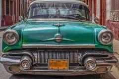 相当典型的汽车洁净被维护的古巴 免版税库存图片