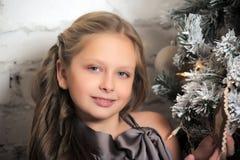 相当圣诞节的女孩 免版税图库摄影