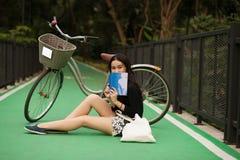 相当泰国的女孩 免版税库存照片