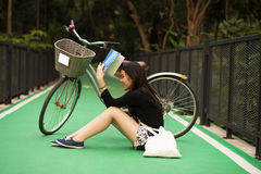 相当泰国的女孩 库存图片