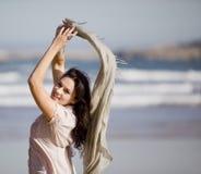 相当海滩女孩年轻人 库存照片