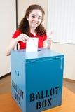 相当青少年投票 免版税库存照片