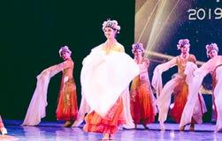 相当Huadan 7 -舞蹈部门中国古典舞蹈毕业展示  免版税图库摄影