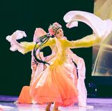 相当Huadan 3 -舞蹈部门中国古典舞蹈毕业展示  免版税库存照片