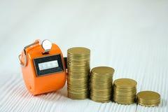 相符逆或计数有0000的数字,步机器硬币 库存图片