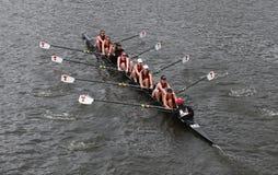 麻省理工学院在查尔斯赛船会妇女的冠军Eights头赛跑  免版税库存照片