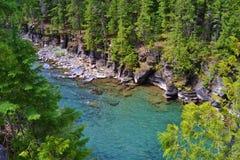 看下来河在冰川国家公园 库存照片