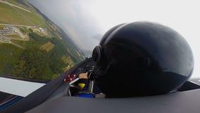 看副驾驶的POV坐在喷气机和,极端体育,航空器 影视素材