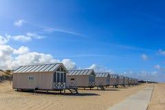 看在海的海滩小屋 免版税图库摄影