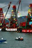 看在港龙小船狂欢节下 免版税库存照片