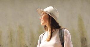 看女性的旅客  影视素材