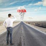 看对想法概念的人 免版税库存图片