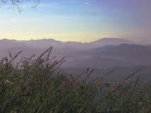 看往从圣地亚哥的墨西哥的山景城 免版税库存照片