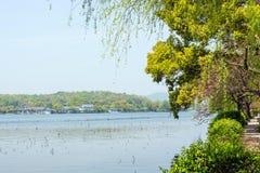 看杭州西湖状态宾馆 免版税库存图片