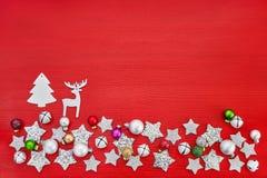 看板卡圣诞节问候 背景圣诞节装饰红色 免版税库存照片
