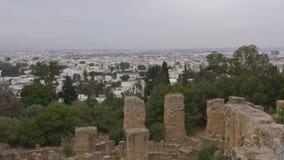 看法从上面在现代在迦太基突尼斯 美好的城市横向 锁着的射击 影视素材