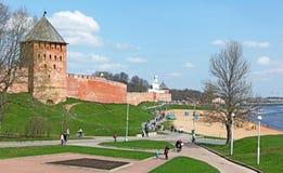 看法其中一种俄罗斯-诺夫哥罗德克里姆林宫的最著名的吸引力 免版税库存图片