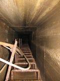 看法出入孔室内水坝 免版税库存图片