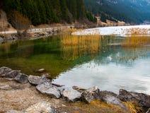 看法到美好的奥地利风景里在多云春日 库存照片