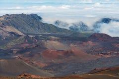 看法到haleakala火山口毛伊夏威夷里 免版税库存照片
