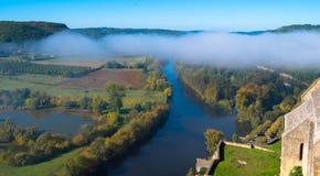 看法向多尔多涅省河 免版税库存图片