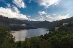 看法向高地湖汉拉尔在阿塞拜疆 库存图片