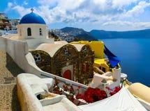 看法向从圣托里尼海岛Oia村庄的海在希腊 图库摄影