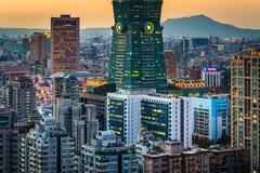 看法日落的台北101,从大象山,在台北, 库存照片
