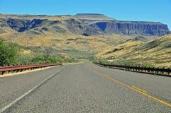 看法的看法在开放高速公路 库存图片