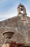 看法石bellfry与两个十字架 免版税图库摄影