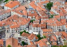 看法从上面老镇,科托尔,黑山 库存照片