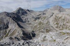 看法从Eselstein峰顶到Dachstein断层块,奥地利 免版税库存照片