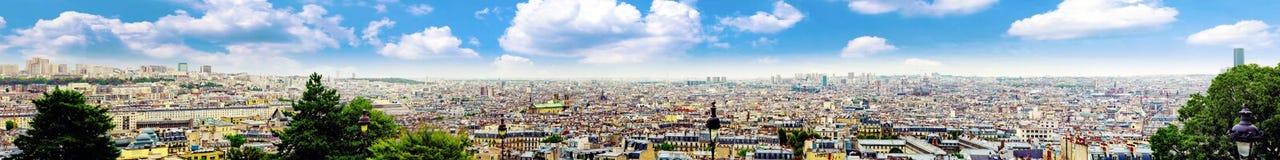 巴黎看法从Montmartre.Paris小山的。 免版税库存图片