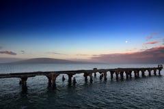 看法fom Mala码头平静的场面向拉奈岛 库存图片