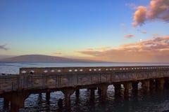 看法fom Mala码头平静的场面向拉奈岛 库存照片
