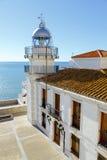 看海的灯塔在佩尼伊斯科拉,西班牙 图库摄影