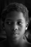 看美丽的黑人的女孩  免版税库存图片