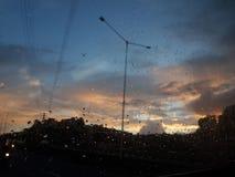 看见天空的其中一个最佳的小时在黎明! 库存图片
