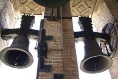 看见的圣玛丽大教堂的钟楼在塞维利亚,西班牙 免版税库存照片