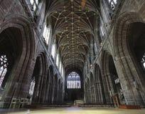 看起来里面彻斯特大教堂,彻斯特,英国 免版税库存图片