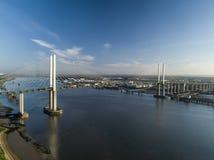 看起来QEII桥梁的天线西部 免版税库存照片