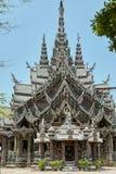 真相圣所在芭达亚泰国 库存照片