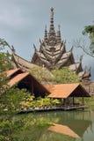 真相圣所在芭达亚泰国 图库摄影