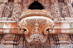 真相寺庙,芭达亚,泰国圣所细节  库存照片