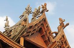 真相寺庙,芭达亚,泰国圣所细节  库存图片