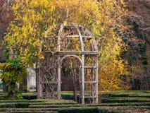 眺望台在大别墅Chenonceau,巴黎庭院里  库存照片