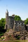 眺望楼城堡中央nyc公园 免版税图库摄影