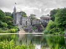 眺望楼城堡在纽约中央公园 免版税库存照片