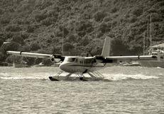 着陆水上飞机 图库摄影